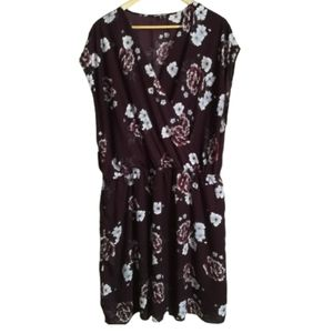 CHARLOTTE RUSSE Purple & Floral Surplice Dress